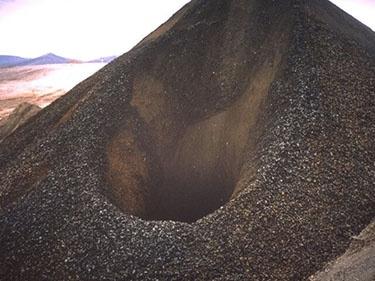 Mining - Stockpile Feeder