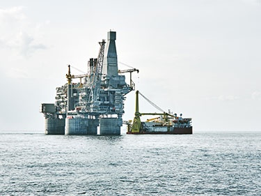 Oil & Gas - Offshore Rigs, FPSOs, and Drilling Ships